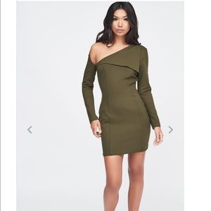 NWT! Cut out shoulder ponte midi dress